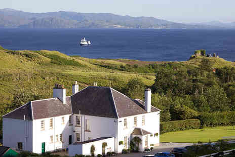 Toravaig House - Overnight Isle of Skye stay including breakfast and a glass of Prosecco for two - Save 61%
