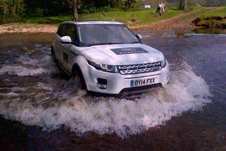 Land Rover -   30 minute Land Rover off road driving experience for 11  to 17 year olds  - Save 0%