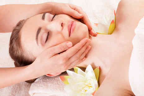 The Beauty Suite - Soothing Spa Day with One Hour of Treatments and Access to Facilities - Save 53%