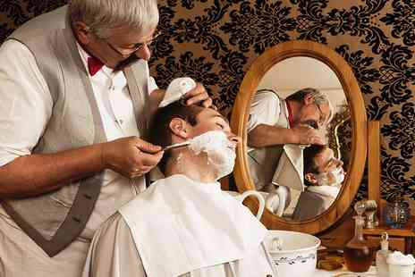 seven stars barber - Mens Hot Towel Shave or Grooming Package  - Save 0%