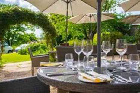 Glewstone Court Hotel - Three course meal and prosecco - Save 0%