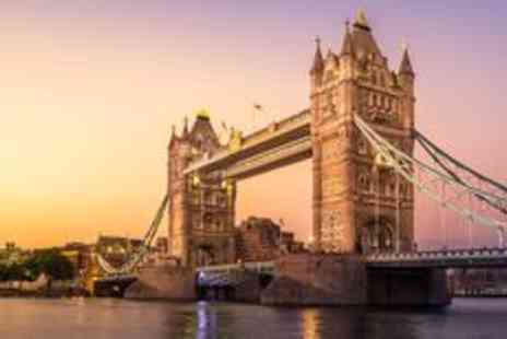 City Cruises PLC   - Thames dinner cruise for two with drinks and live music - Save 0%
