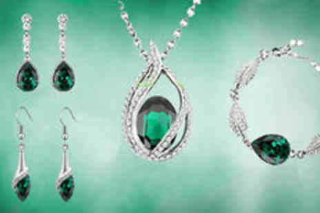 Gevani - Silver plated emerald green water drop crystal set plus delivery  - Save 0%