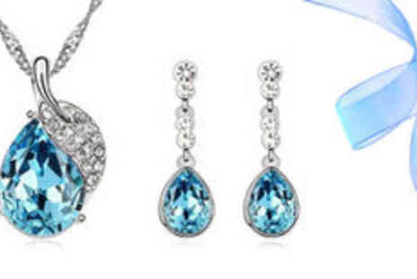 Gevani - Silver plated Austrian crystal leaf jewellery set  plus delivery - Save 0%