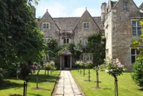 Kelmscott Manor - Entry for two to award winning Kelmscott Manor - Save 0%