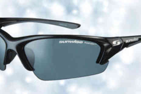 One Reward - Sunwise Canary Wharf sunglasses  plus delivery - Save 0%