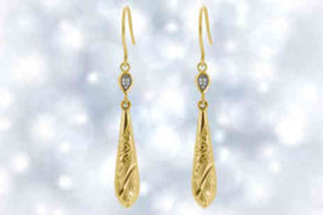 Hulbury - Beautiful 9ct gold drop earrings plus delivery - Save 0%
