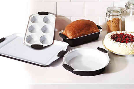 qudos direct - Four Piece Black Ceramic Bakeware Set - Save 67%
