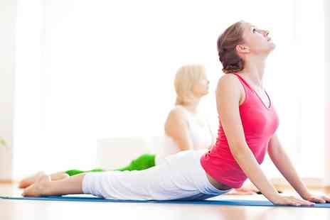 Move GB - Ten Sessions of Yoga  - Save 86%