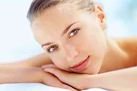 Vince and Victoria - A Choice of 25 or 50Minute Luxury Facial - Save 0%