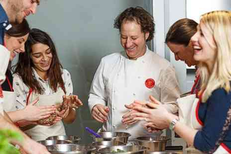 Latelier des Chefs - Cookery Class for One Person with Optional Glass of Wine or Prosecco  - Save 0%