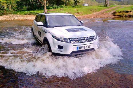 Land Rover Start Off Road - Range Rover Evoque Driving Experience on 11-17 Year Olds - Save 0%