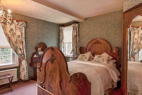 Hodgkinsons Hotel - One Night stay and Visit local attractions including the Peak District Mining Museum  - Save 0%