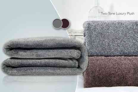 Bedding Direct   - Supersoft throw in one of three snuggly designs   - Save 66%