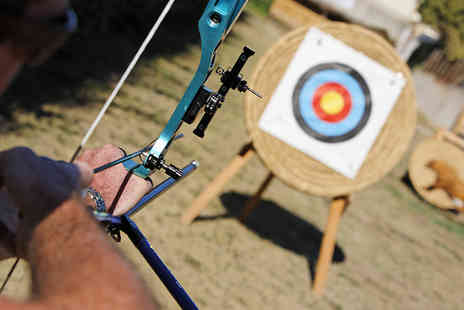 Unlimited Events - One Hour Archery Experience in Robin Hood Country - Save 52%