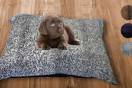 Treeline Products - Kosi Pet Waterproof Fleece Dog Bed - Save 52%