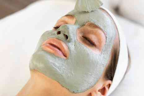 Fusion Hair and Beauty -  30 Minute Mini Mineral Mud Facial   - Save 50%