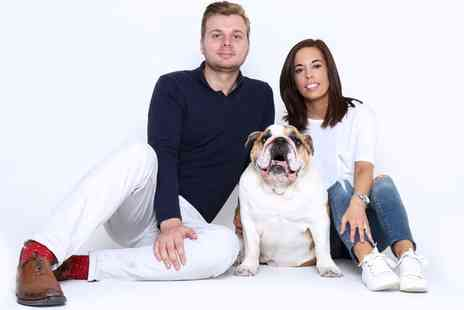 Flirt Studios - Pet Photo shoot with Prints and a £25 Voucher - Save 88%