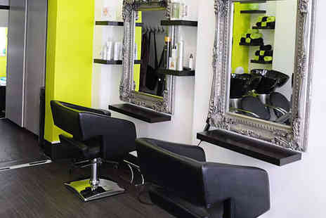 Figaro London - Haircut and Blow Dry for Short  Hair - Save 48%