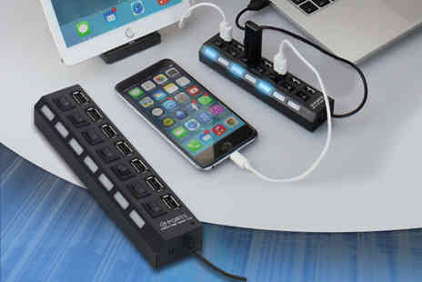 E Smartshop - 7 in 1 USB port hub with individual power switches - Save 67%