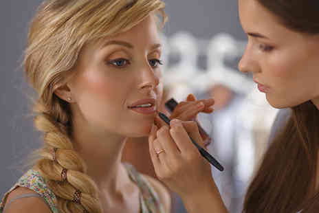 A R RECRUITMENT CONSULTANCY - Certified skincare and makeup artist online course - Save 94%