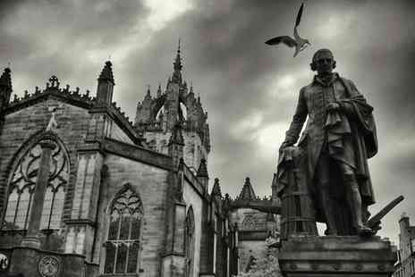 Iconic Edinburgh Photo Tours - Two Hour Smartphone Photo Tour of Edinburgh for One - Save 50%