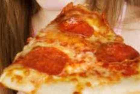Cafe Vincenzos - Family Pizza Meal - Save 61%