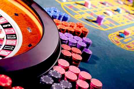 Titanbet - £5 for £40 Casino Credit with TitanBet  - Save 0%