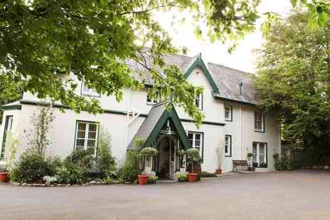 Robin Hill -  One Night Stay For Two With Breakfast Massage Herbal Teas And Sorbet - Save 0%