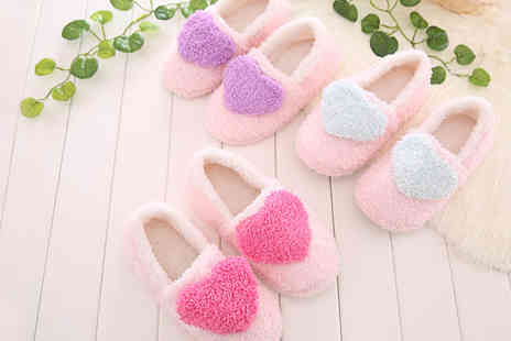Shine Accessories - Ladies Fleece Heart Slippers  - Save 70%