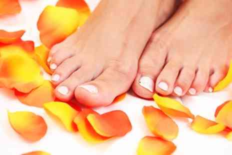 Beauty on the spot - Intensive Pedicure With Shellac Polish - Save 0%