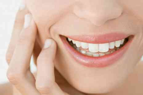 Vivian Avenue Dental Clinic - Dental Check Up With Scale and Polish - Save 74%