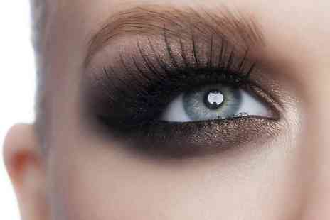 Salon Le Bon - Full Set of Semi Permanent Individual Eyelash Extensions with Full Eyebrow Definition - Save 75%