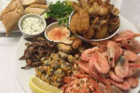 The Jolly Sailor - Seafood Platter with Prosecco for Two - Save 50%