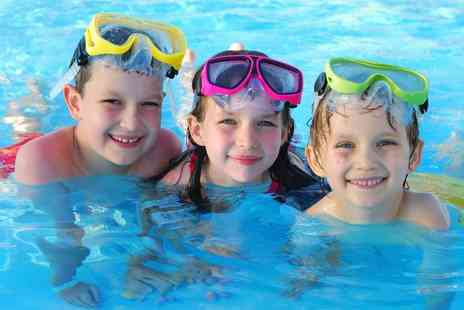 Aweswim - Four Childrens Swimming Lessons  - Save 75%