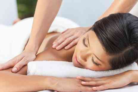 Skindeep Laser and Beauty Coventry - 30 Minute Back, Neck and Shoulder Massage with Guinot Facial - Save 71%