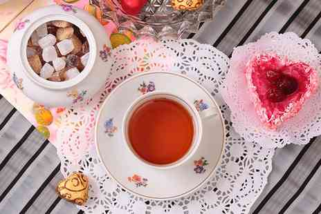 HIlton Basingstoke - Festive Afternoon Tea with Prosecco or Strawberry Cooler  - Save 0%
