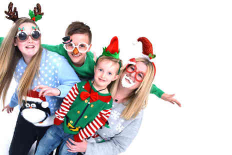 Love 2 take photos -  Christmas photoshoot, five Christmas cards, two keyrings, a photo bauble and a £30 voucher  - Save 88%
