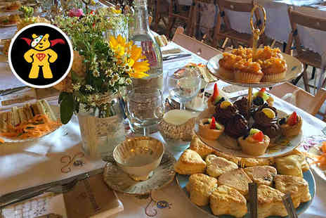 Wyndcliffe Court Sculpture Gardens - Vintage Festive Afternoon Tea for Two   - Save 0%