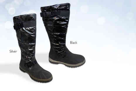 Top Notch Fashion Designer - Pair of winter womens snow boots - Save 88%