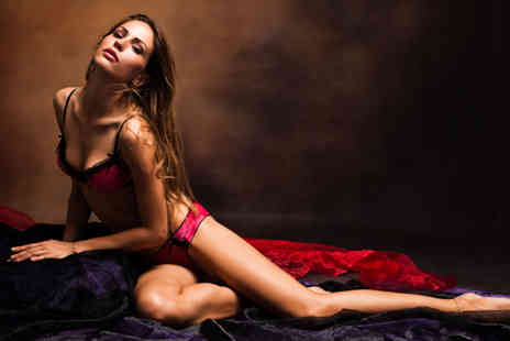 Moda Studios - Hour long boudoir photoshoot including three prints of the same image  - Save 91%