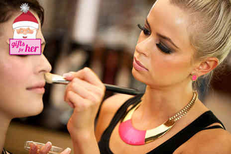 Sarah Janes Makeup Hair - One hour MAC makeup contouring class - Save 69%