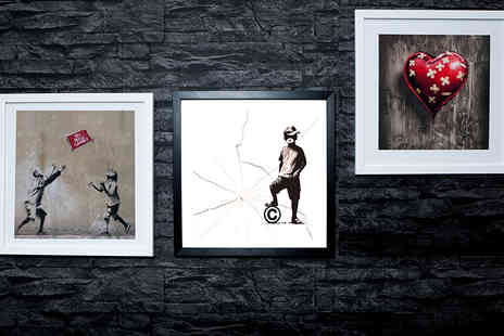 Who Art Now  - Framed 25cm x 25cm Banksy print  - Save 87%