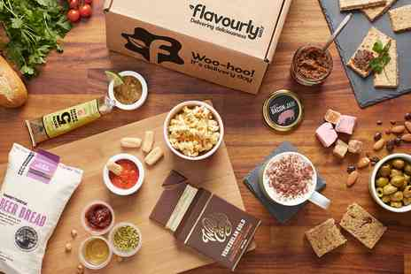 Flavourly - Flavourly Deluxe Discovery Box with 14 Food Items and Food Club Subscription - Save 70%