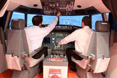 iPILOT - 20 minute Boeing 737 flight simulation experience - Save 54%