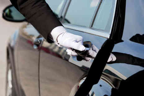 Manchester Chauffeur Parking - Meet and Greet Secure Airport Parking for up To 8  - Save 44%
