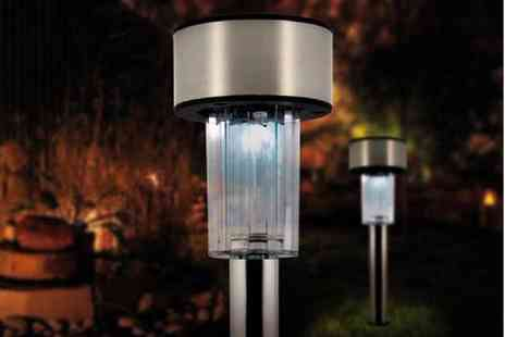 Gift Mountain - Stainless Steel Solar Post Lights - Save 82%