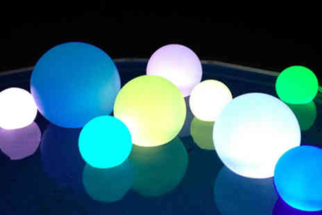 Rose River - 15cm Colourful LED Ball Table Lamp - Save 46%