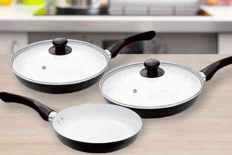 UK Home and Garden Store - Five Piece Ceramic Coated Pan Set - Save 53%