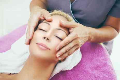 Scannellis Nails and Beauty - 60 Minute Facial  - Save 54%